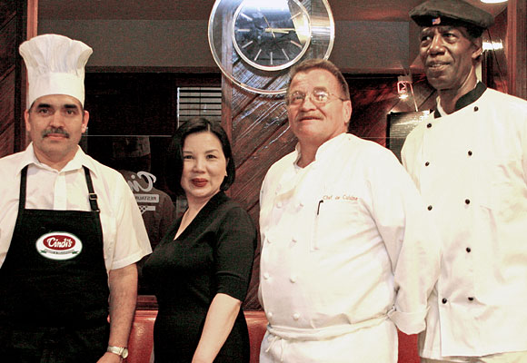 Anh Tran and chefs