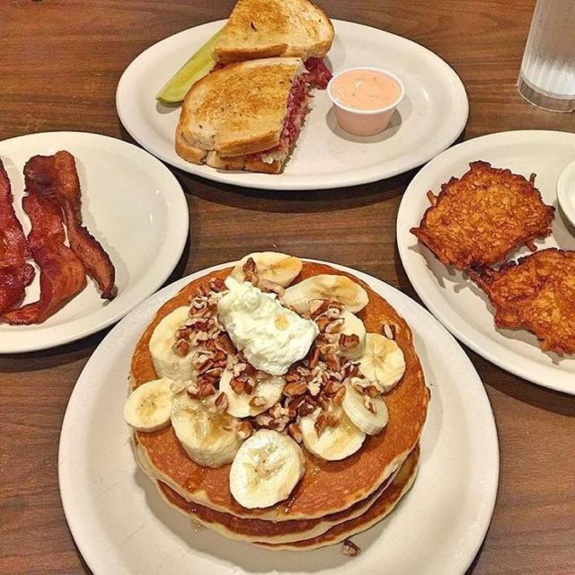 GAME DAY BRUNCH! moodynhungry